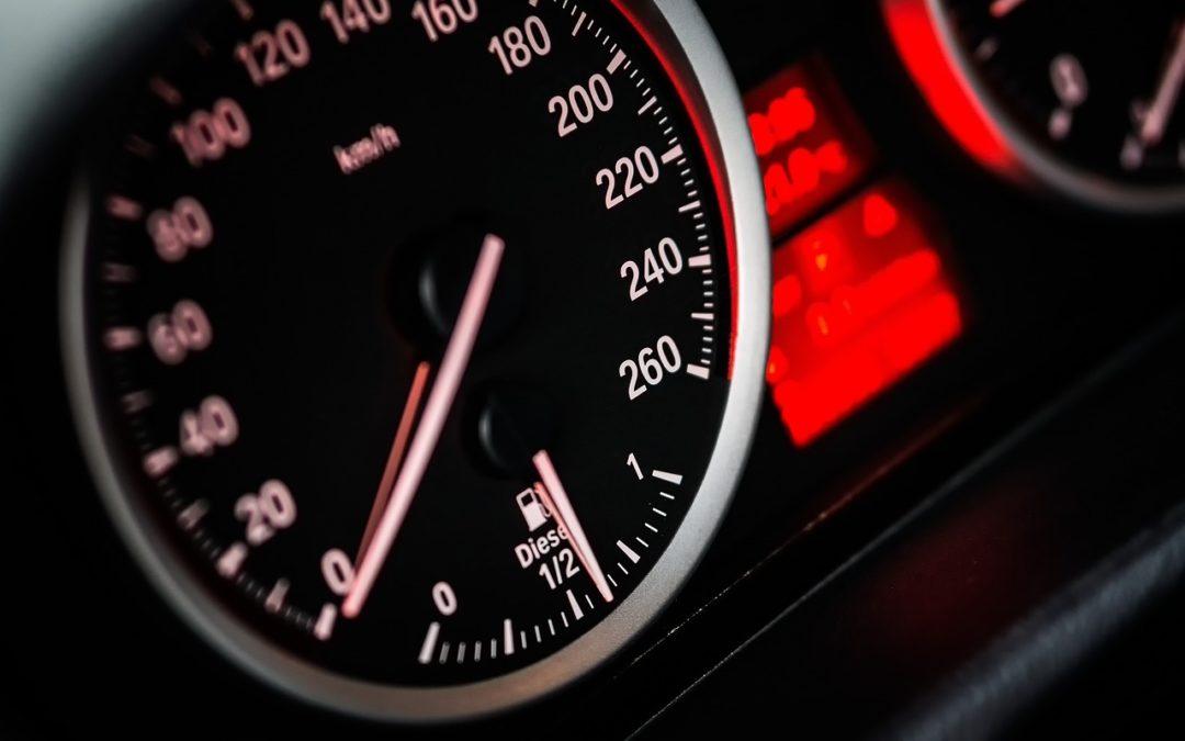 Com calcular el consum de combustible per quilòmetres